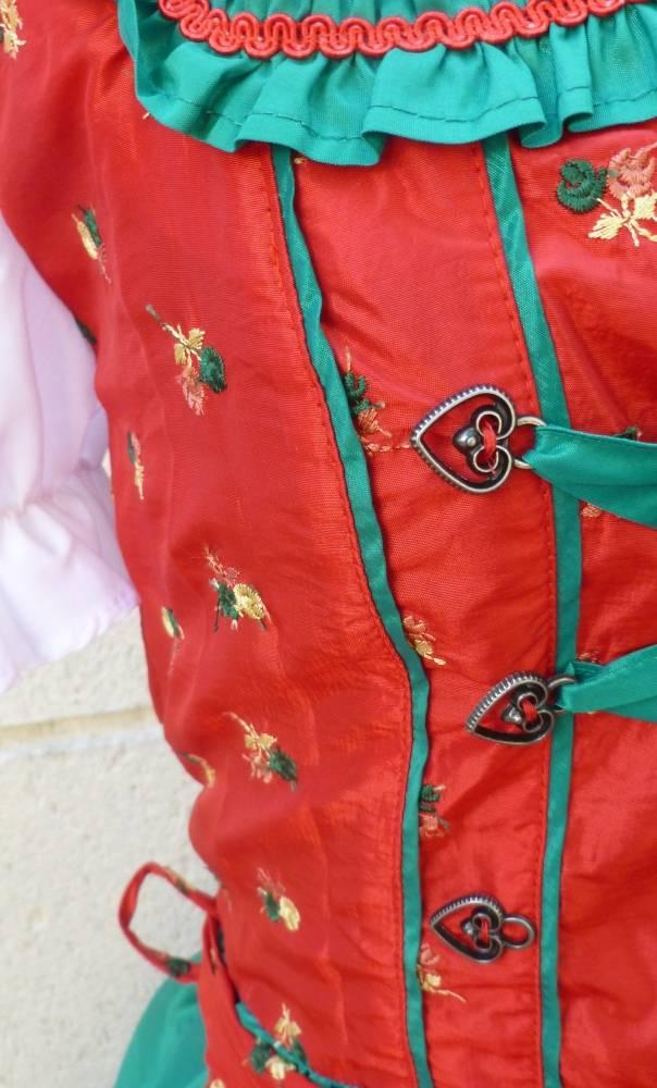 Costume-Tyrolienne-2