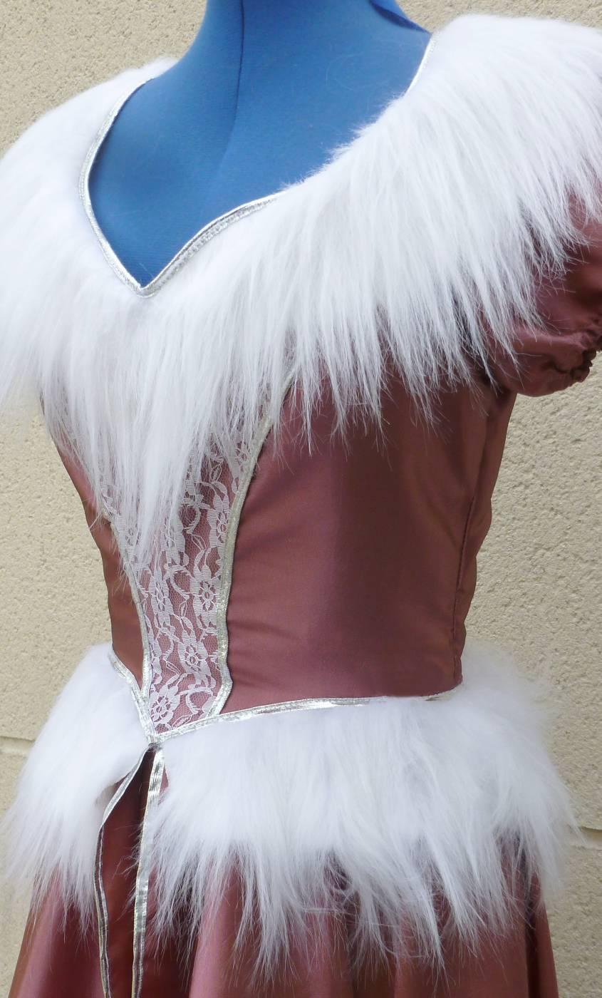 Costume-de-marquise-baroque-rose-en-grande-taille-3