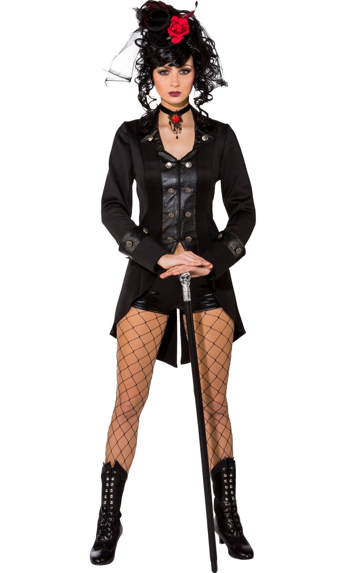 veste-gothique-pour-femme-grande-taille