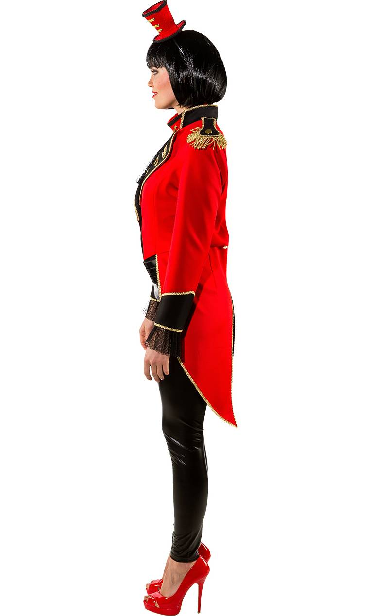 Costume-de-Madame-Loyal-2